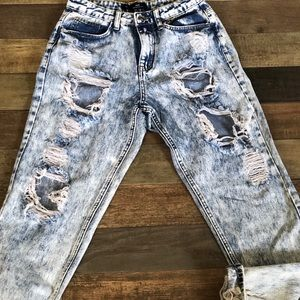 Missguided Riot mom jeans